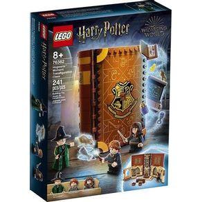 LEGO-76382_01_01-LEGO®-HARRY-POTTER---MOMENTOS-EM-HOGWARTS--AULA-DE-TRANSFIGURACAO-76382