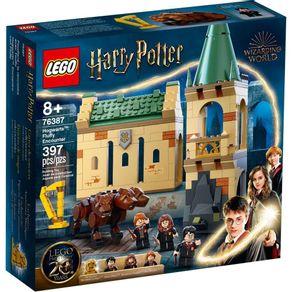 LEGO-76387_01_1-LEGO®-HARRY-POTTER™-HOGWARTS™--ENCONTRO-COM-FLUFFY-76387